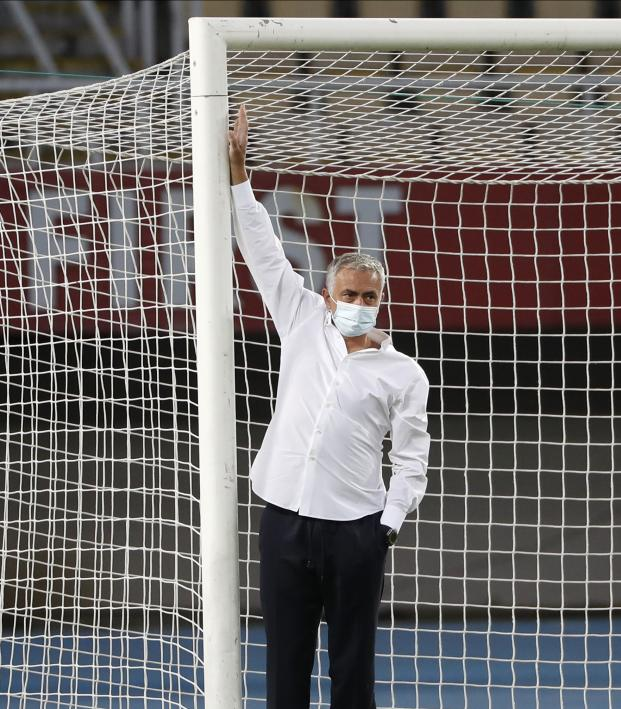 Spurs Goalposts in Europa League