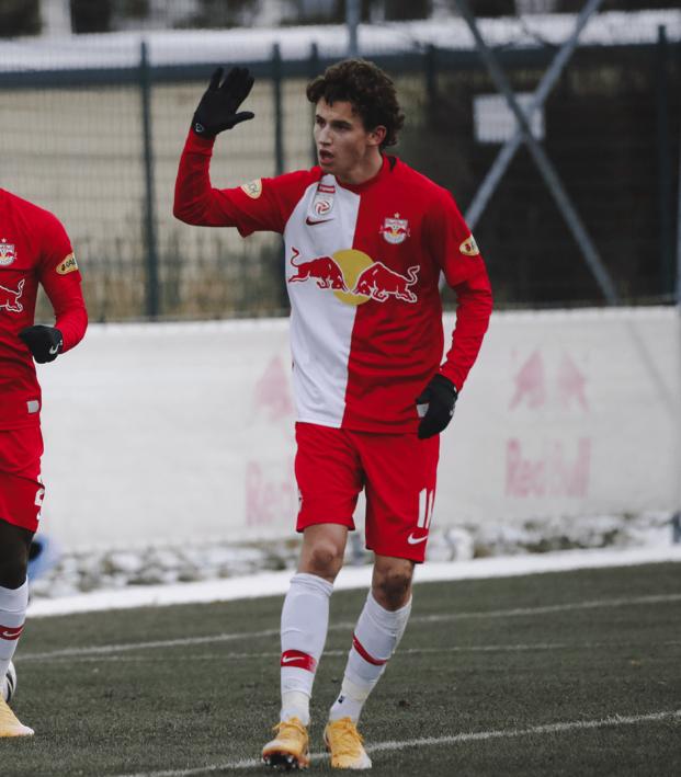 Brenden Aaronson Debut Goal RB Salzburg