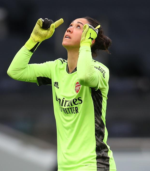 Manuela Zinsberger Triple Save vs. Tottenham
