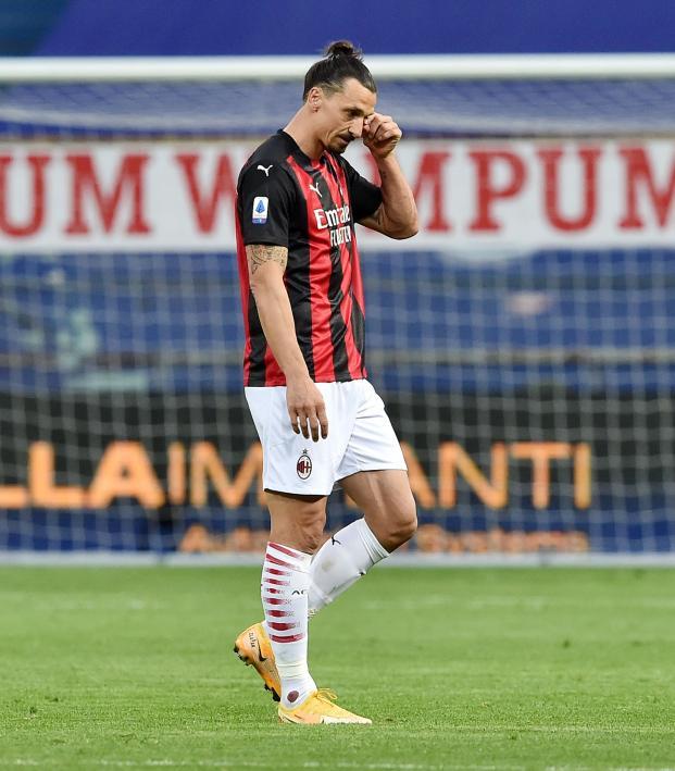 Zlatan Red Card vs Parma