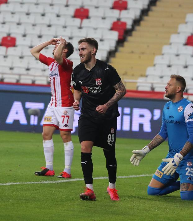 Tyler Boyd goals vs. Antalyaspor