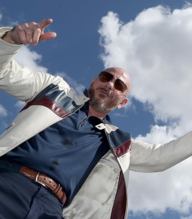 "Pitbull ""I Believe That We Will Win"""