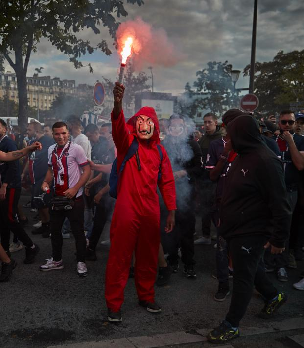 Psg Fans Take To Streets Of Paris For Final But The Biggest Party Is In Marseille