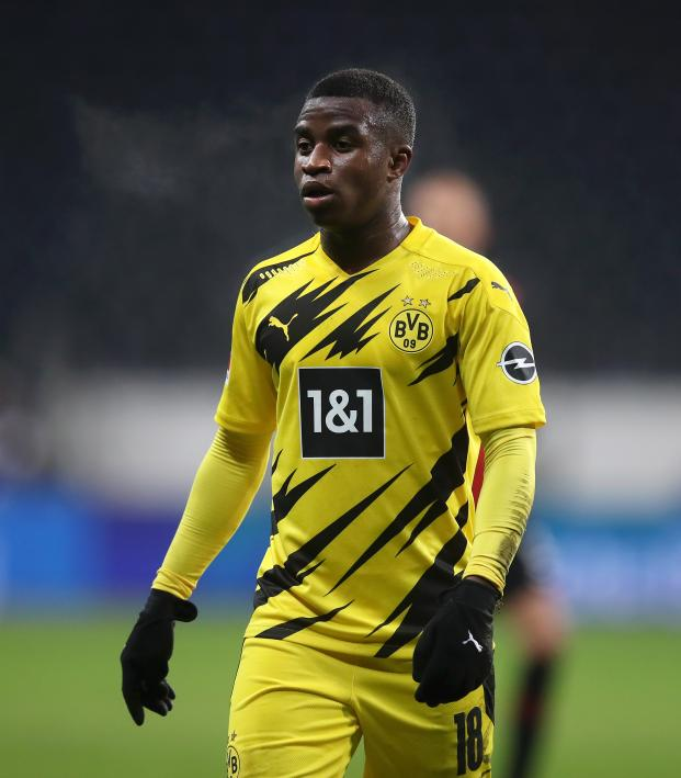 Youssoufa Moukoko Champions League debut