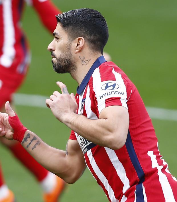 Luis Suarez free kick vs Cadiz