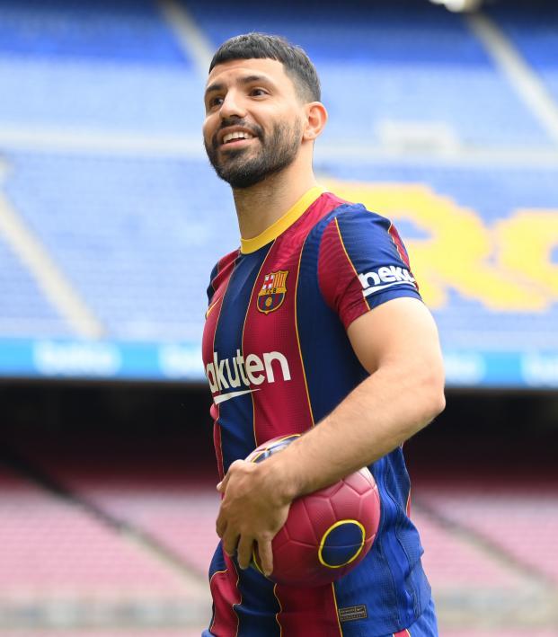 Primer Gol De Agüero Con Barcelona