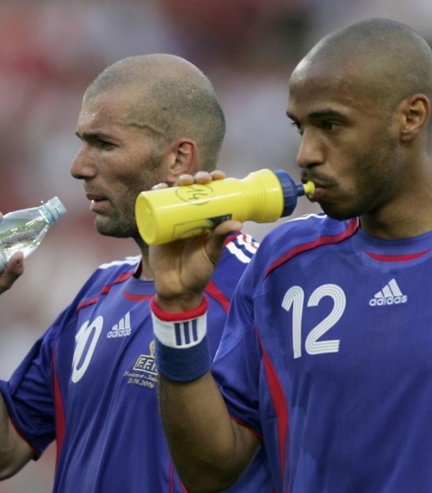 Thierry Henry vs Zinedine Zidane