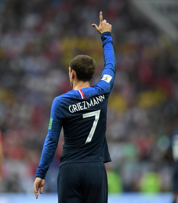 Antoine Griezmann dive vs Croatia