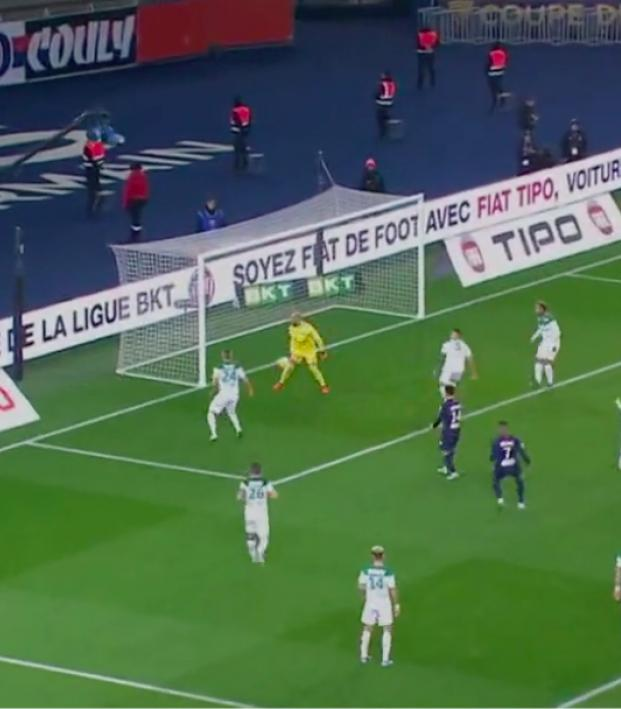 Saint-Etienne own goal vs PSG