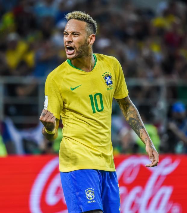Neymar Nike cleats Mercurial Vapor NJR Silencio