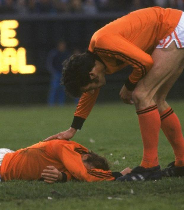 Most miserable fans - Dutch misery