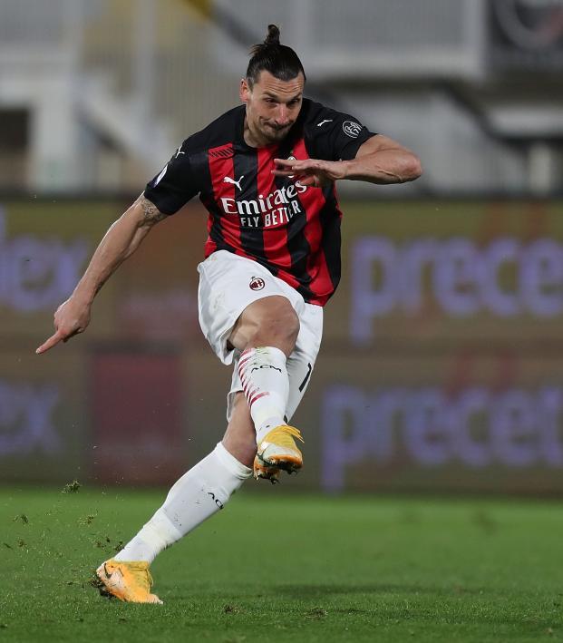 Zlatan AC Milan Strike