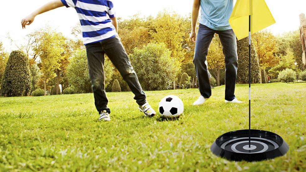 Best Soccer Gifts: Franklin Sports Backyard Foot Golf Set