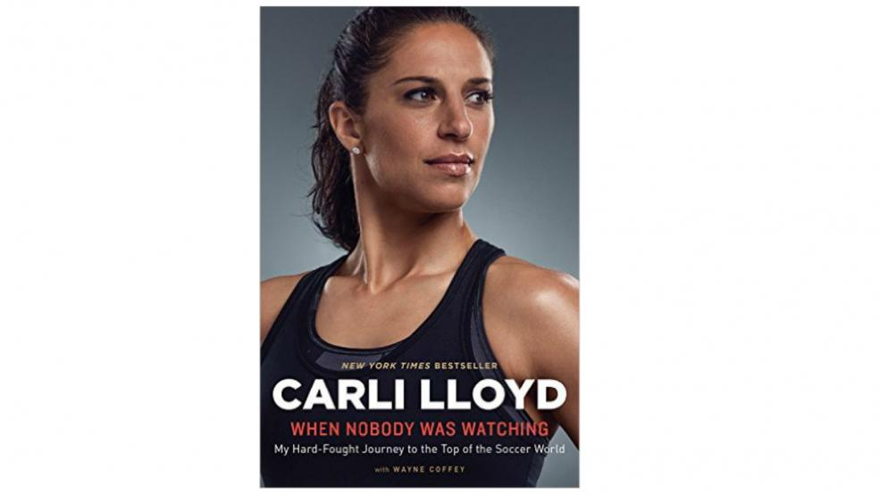 """Last Minute Soccer Gifts Amazon Prime: """"When Nobody Was Watching"""" Carli Lloyd Book"""