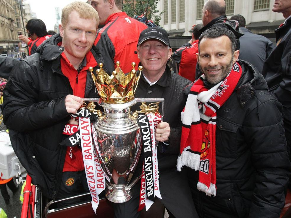 Soccer Players With Most Trophies - Ryan Giggs