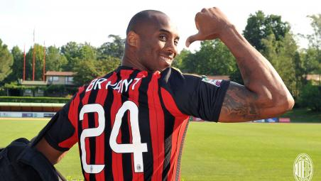 Kobe Bryant AC Milan tribute
