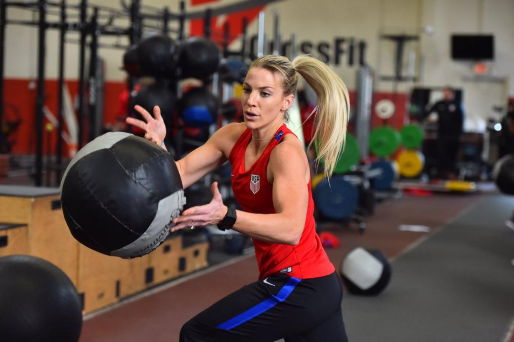 Julie Johnston trains with USWNT for upcoming season
