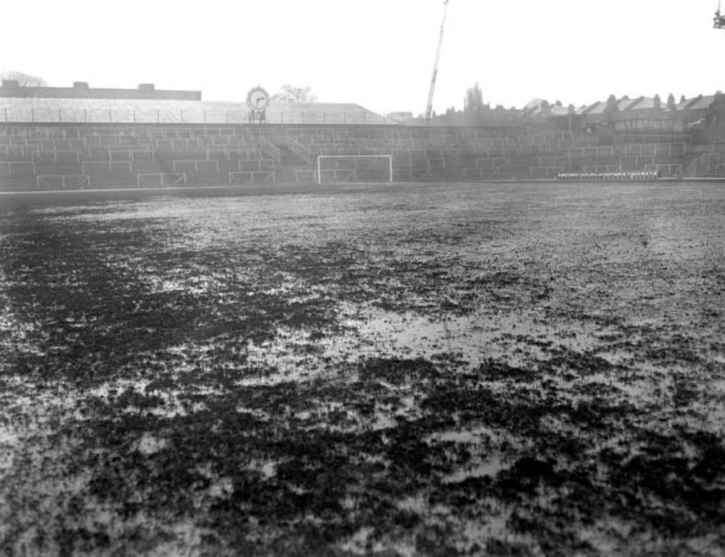 Worst Football Pitches, Highbury Stadium
