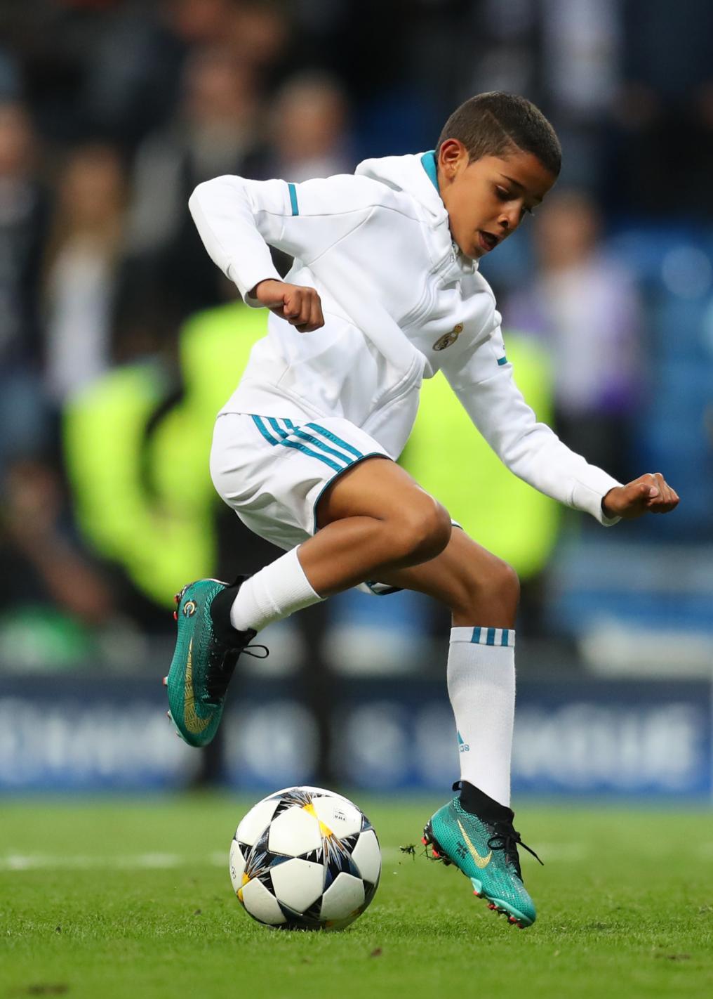 Ronaldo Jr. Shows Off Skills