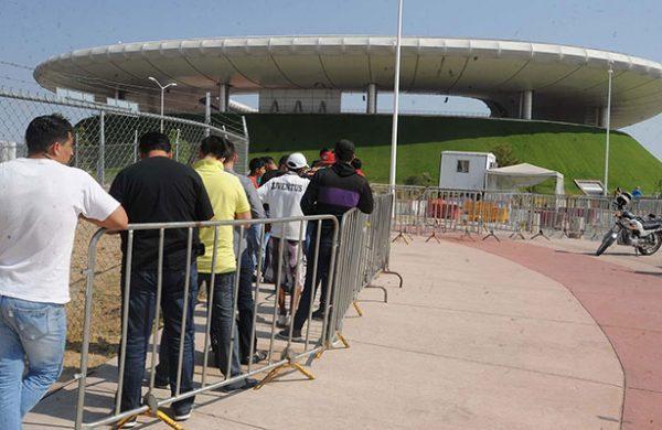 Estadio Chivas outside