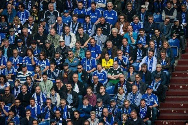 Dortmund supporter with Schalke fans
