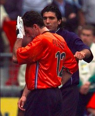 Sad World Cup photos - Gianluigi Buffon