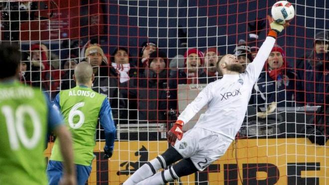Stefan Frei MLS Cup save