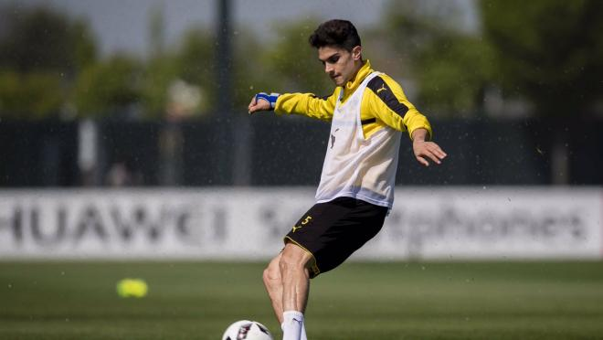 Marc Bartra Back In Training