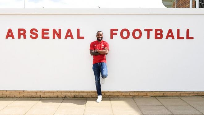 Alexandre Lacazette Signs For Arsenal