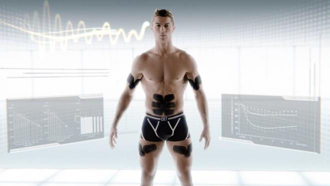 Cristiano Ronaldo Abs With Sixpad