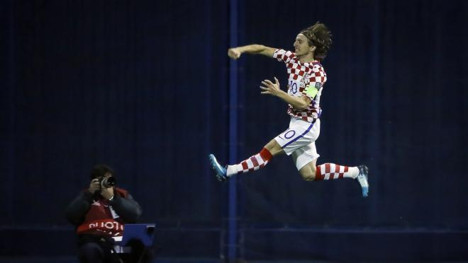 Luka Modric High Jump Croatia