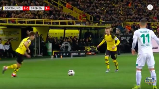 Dortmund free kick routine
