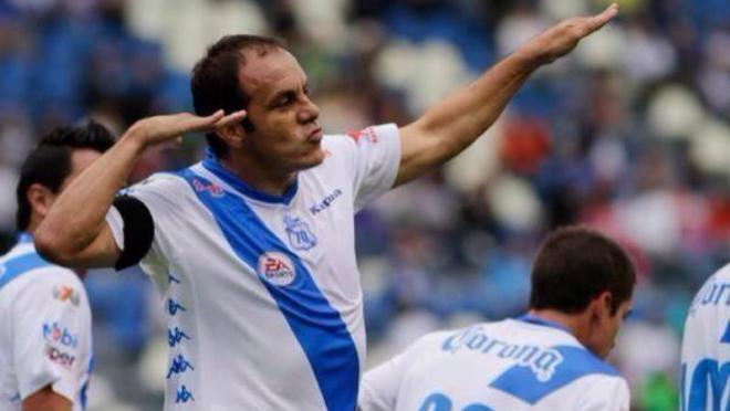 Cuauhtemoc Blanco celebrates a goal