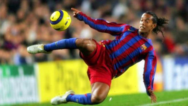 signature-moves-10-cruyff-maradona-skill-training-driven-shot-finish-elastico-ronaldinho-scissor-chip-pass