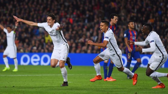 Edinson Cavani goal vs Barcelona UCL