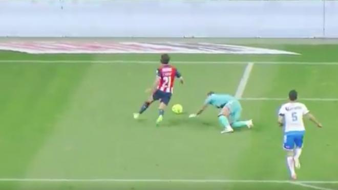 Puebla Keeper's Blooper In Goal Versus Chivas