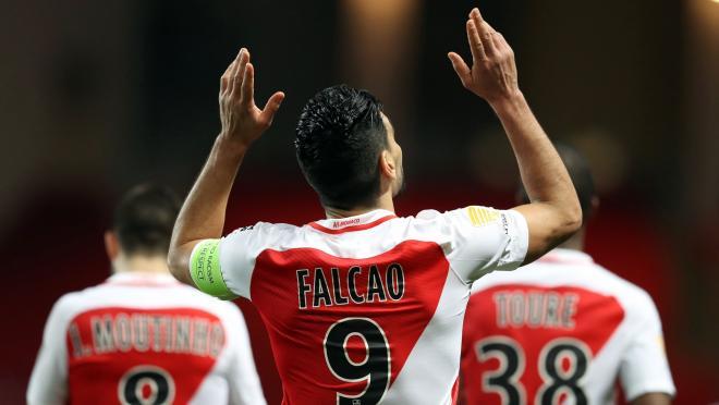 Radamel Falcao Heads In Monaco's Second Goal