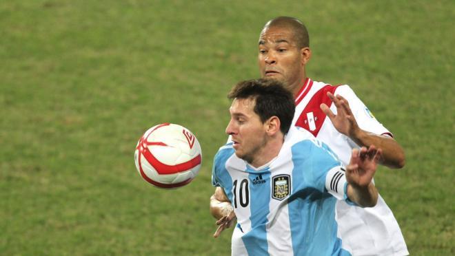 Lionel Messi vs. Peru