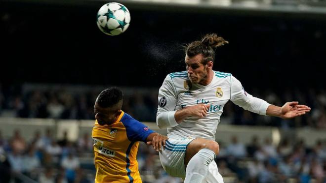 Gareth Bale jeered