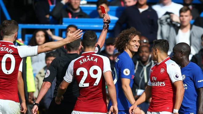 David Luiz red