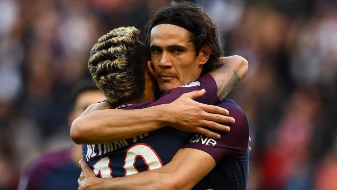 Neymar and Cavani Hug