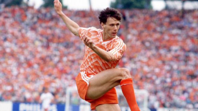 Marco van Basten volley
