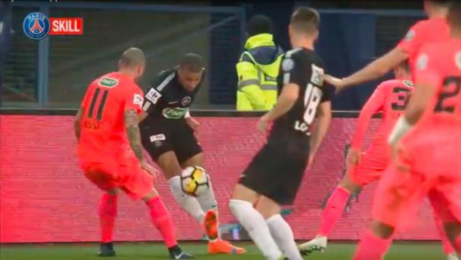 Kylian Mbappe sombrero flick vs Caen