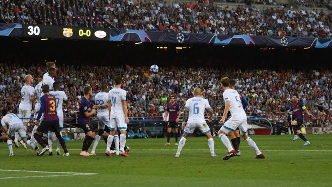 Messi Free Kick Vs PSV