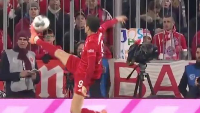 Robert Lewandowski vs Dortmund