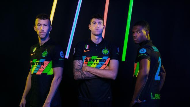Inter Third Kit 2021-2022
