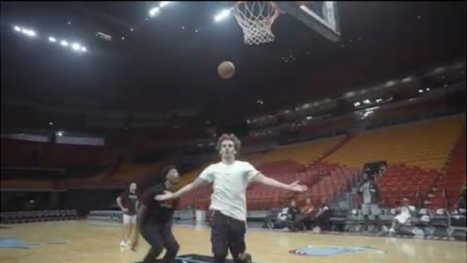 Antoine Griezmann basketball