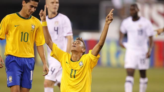 Neymar first Brazil goal