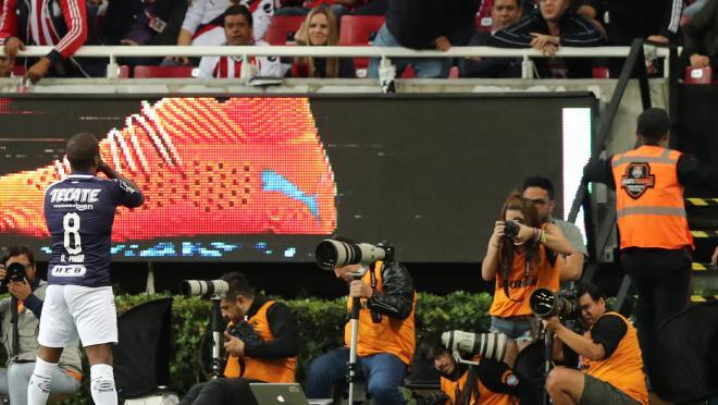 Dorlan Pabon goals vs Chivas