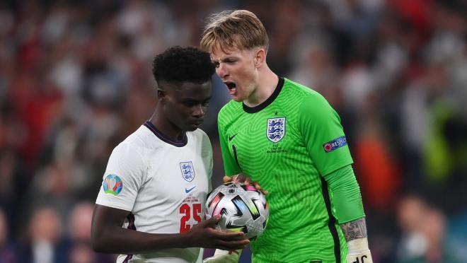 Bukayo Saka penalty vs Italy